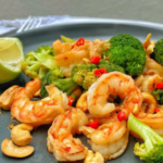 15 Minute Gourmet – Prawn and broccoli with cashews