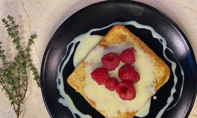 15 Minute Gourmet – White Chocolate and Berry French Toast
